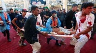 روز سهشنبه ١٠ سپتامبر/١٩ شهریور، خبرگزاری فرانسه نوشت که بر اساس آخرین اخبار اعلام شده توسط وزارت بهداشت عراق، دست کم ۳۱ نفر در مراسم عاشورا، در شهر کربلا، زیر دست و پا کشته و حدود صد تن دیگر زخمی شدند.