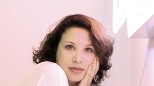 Zoulikha Bouabdellah, artiste plasticienne.
