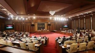 Le Parlement de Tripoli lors d'une session parlementaire, le 16 décembre 2015.