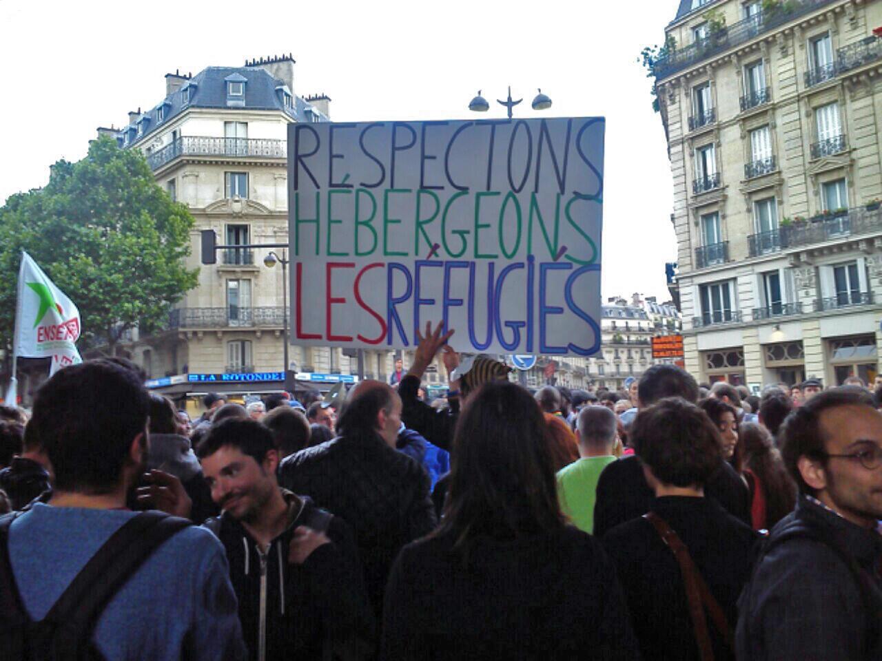 Manifestación en apoyo a los refugiados, este martes 9 de junio en París.