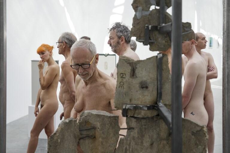 Los visitantes pudieron recorrer durante dos horas el museo con la misma ropa con la que llegaron al mundo.