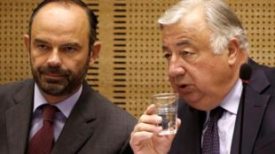 Ảnh tư liệu: Chủ tịch Thượng Viện Pháp Gérard Larcher (p) và thủ tướng Pháp Edouard Philippe.