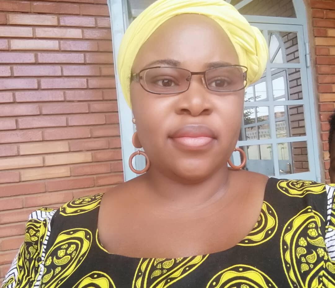 Mme SIRI, Fatuma OUATTARA , bɔlɔlɔ kunnafonidiso queenmafa.net ɲamɔgɔ Burukina Faso.
