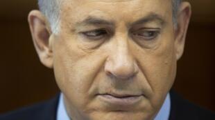 Премьер-министр Израиля Биньямин Нетаньяху на заседании кабинета министров в Иерусалиме 24/11/2013