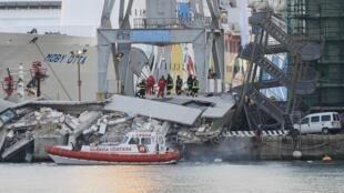 Le porte-conteneurs «Jolly Nero», de la compagnie maritime Messina, a littéralement foncé sur le quai.