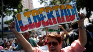 Jornalistas foram presos pouco antes das manifestações contra o governo de Nicolás Maduro