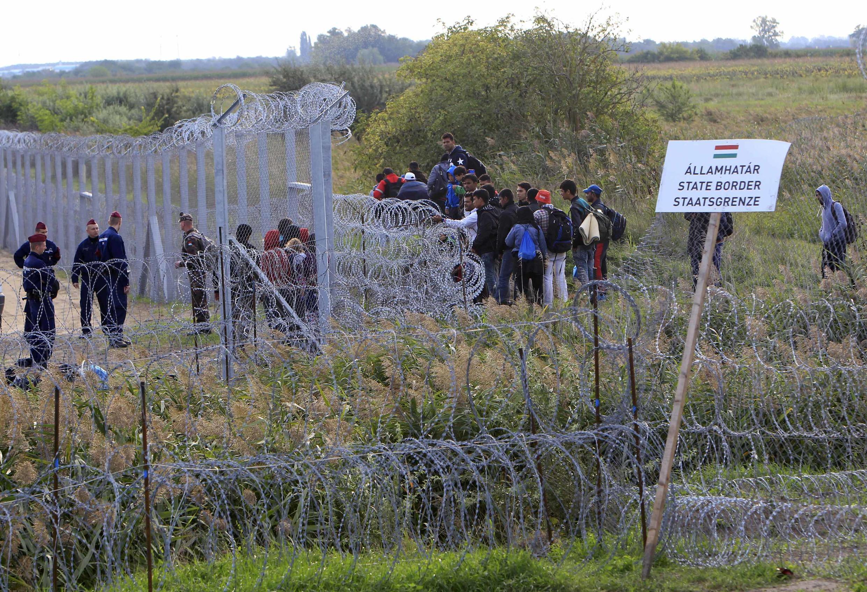 A la frontière entre la Hongrie et la Serbie, ce 15 septembre 2015.