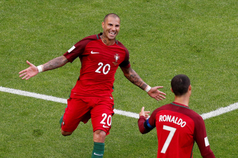 Ricardo Quaresma marcou o primeiro gol para Portugal.