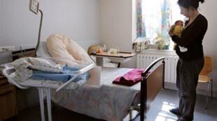 Pour relancer la natalité européenne, Bruxelles voudrait porter la durée des congés maternité à au moins 18 semaines dans tous les pays de l'UE.