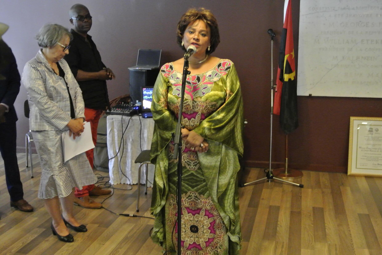 Carolina Cerqueira,ministra da Cultura de Angola por ocasião da entrega do diploma de Património Mundial à MBanza Kongo,na  UNESCO  em Paris. 08  de Setembro  de 2017