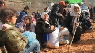 """A situação dos cidadãos sírios atingidos pelos cinco anos de conflito no país piora a cada dia. Unicef afirmou que as crianças que estão na Síria e nos países vizinhos correm o risco de virar uma """"geração perdida""""."""