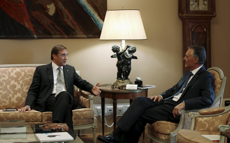 O líder do PSD, Pedro Passos Coelho, e Cavaco Silva, Presidente da República Portuguesa, a 6 de Outubro de 2015.