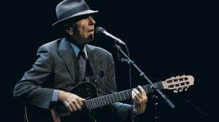 Nam ca sĩ Leonard Cohen