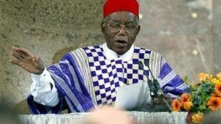 Chinua Achebe, marubuci a Najeriya ya mutu
