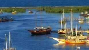 Em Santa Cruz Cabrália (BA), o acervo paisagístico da Costa do Descobrimento foi tombado pelo Iphan, em 1984.