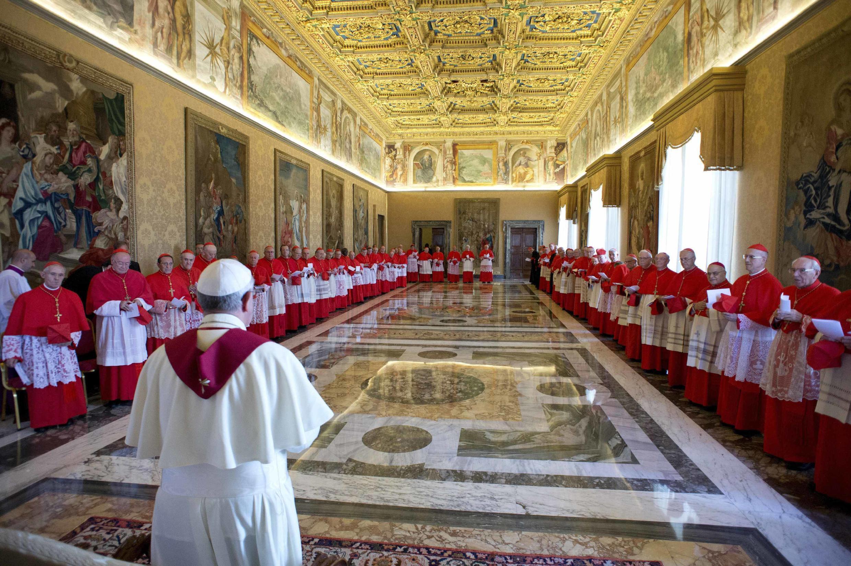 Đức Giáo Hoàng Phanxicô dự Công nghị Hồng y tại Tòa thánh Vatican ngày 30/09/2013.