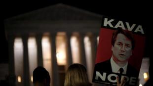 Protestos contra a nomeação de Brett Kavanaugh à Suprema Corte dos EUA. Ele é acusado de agressão sexual