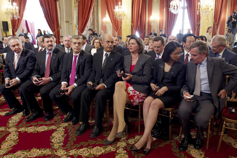 Les ministres de l'Agriculture des différents pays composant le G20 lors de la réunion du 21 juin 2011 à Paris