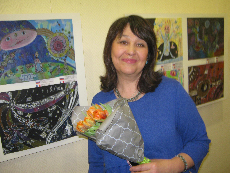 Руководитель студии изобразительного искусства Татьяна Кирпичёва