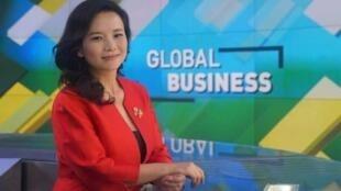 中国网络传成蕾或在中国官媒工作资料照片