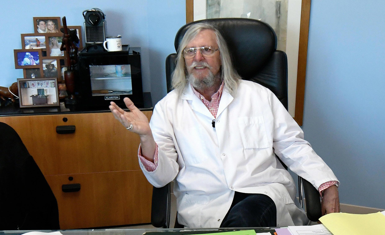 Марсельский профессор Дидье Раульт объявил, что эпидемия коронавируса в городе «исчезает».