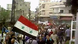 Prostestors in Homs on 6 May