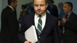 O secretário de Estado de Assuntos Europeus da Polônia, Konrad Szymanski, tentou defender a reforma do sistema judicial de seu país e explicar as mudanças feitas à proposta original do Partido Lei e Justiça (PiS). Foto do 26/06/18