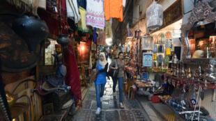 La médina de Tunis se trouve dépourvue de touristes après le Covid-19 (image d'illustration).