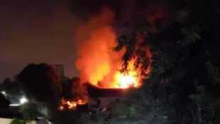 L'incendie dans l'entrepôt à Kinshasa. «L'évaluation des dégâts est en cours», dit une source sécurité congolaise