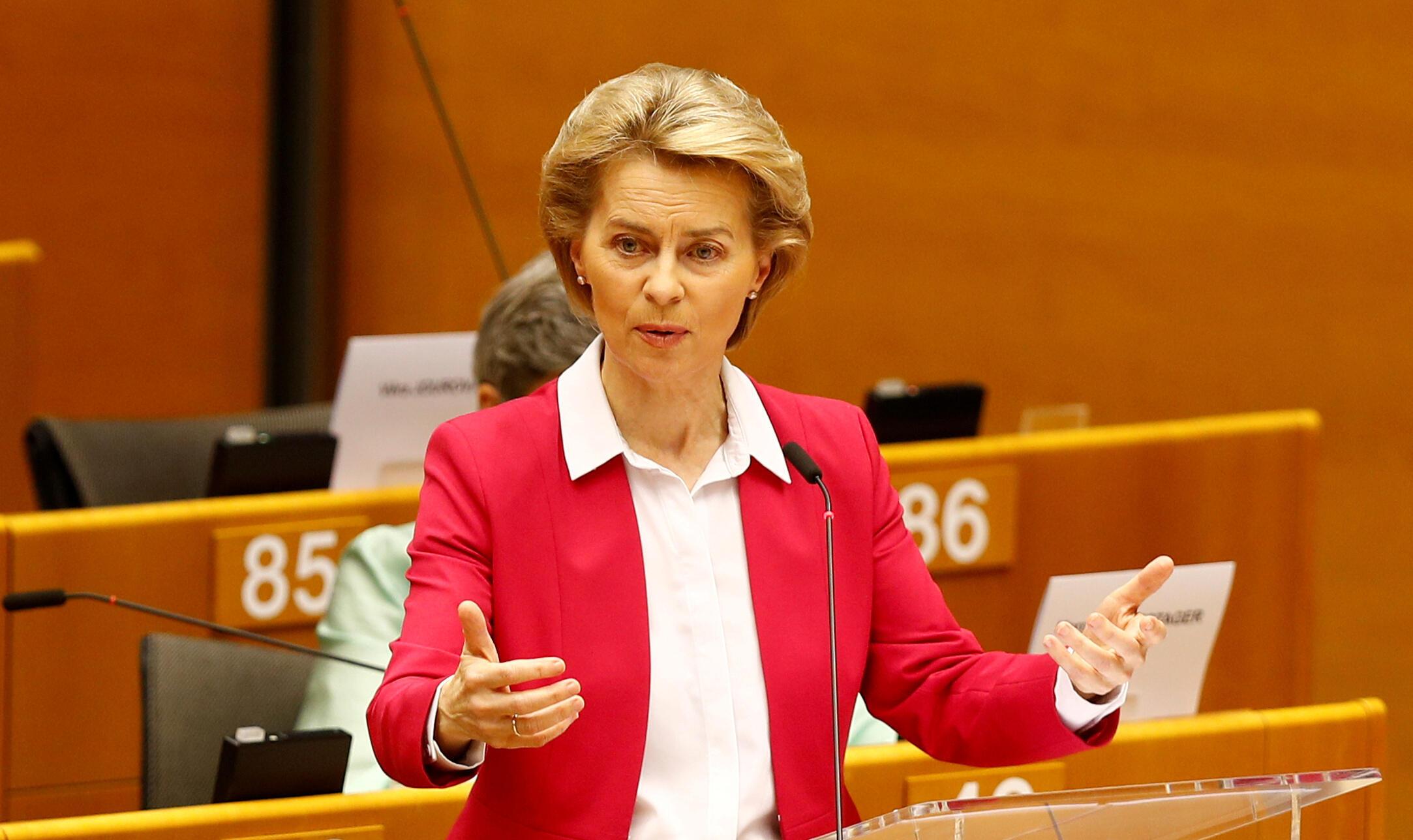 Ursula von der Leyen au Parlement européen, le 27 mai 2020.