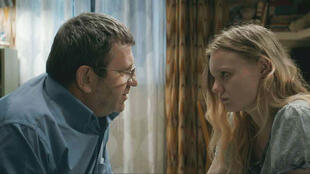 Adrian Titieni (Romeo) et Maria Dracus (Eliza) dans « Baccalauréat » du Roumain Cristian Mungiu.