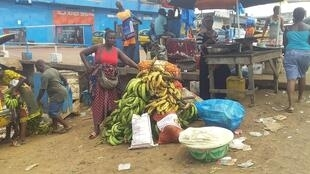 Liberians in Monrovia are buying food and fleeing the capital before the lockdown goes into effect on Saturday.