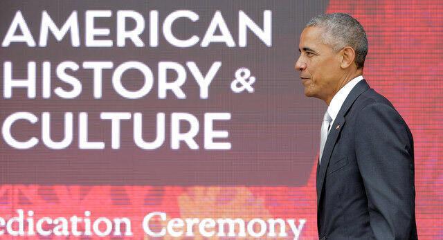 Tổng thống Mỹ, Barack Obama, nhân dịp lễ khánh thành bảo tàng về cộng đồng người Mỹ gốc Châu Phi.