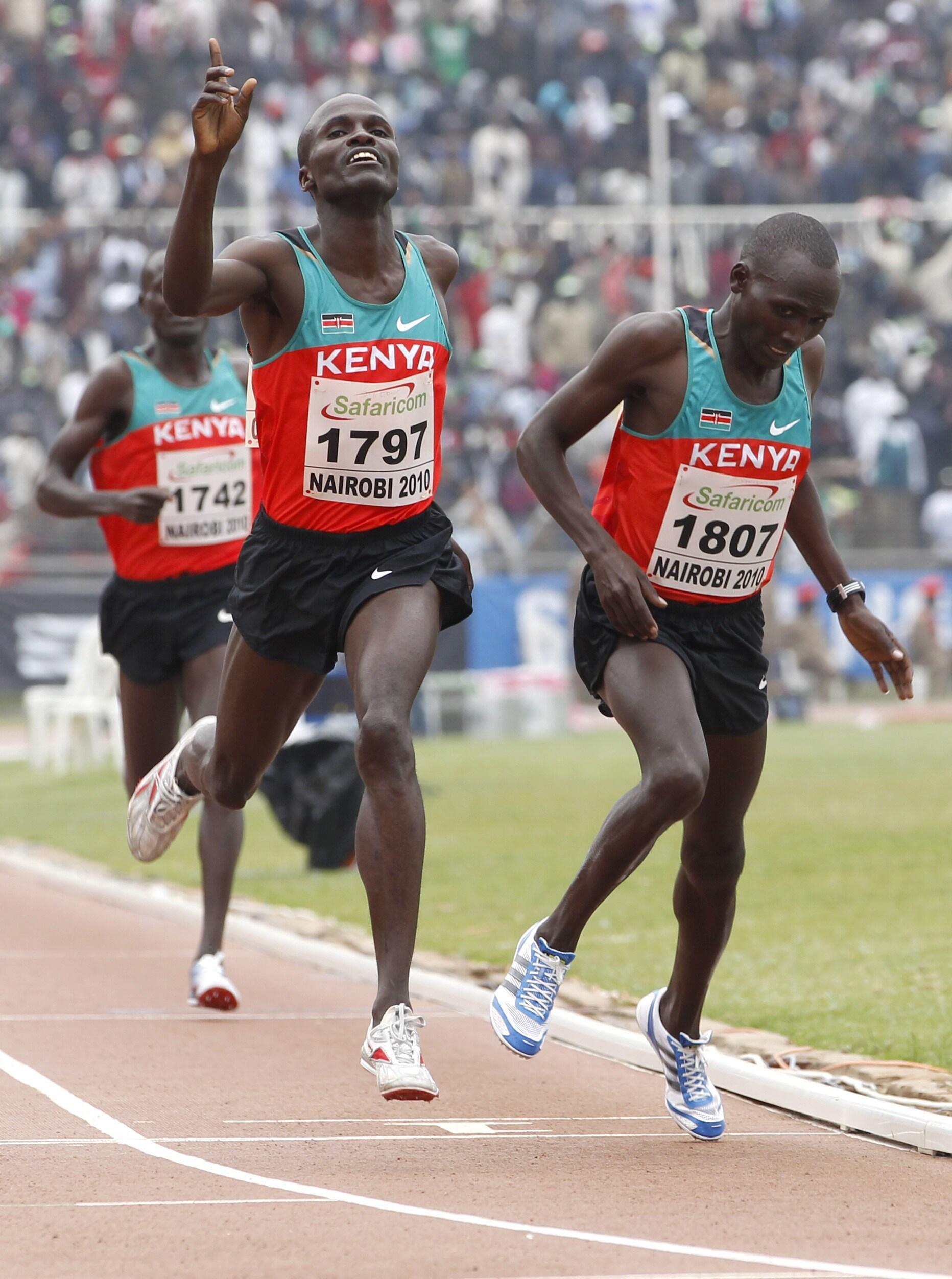 Raia watatu wa Kenya katika mashindano ya mabingwa wa Afrika wa Riadha mwaka 2010.