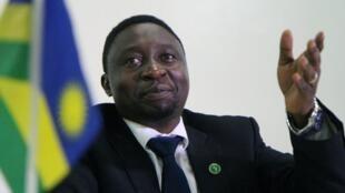 L'opposant rwandais Frank Habineza a été investi le 17 décembre 2016 pour participer à l'élection présidentielle d'août prochain.