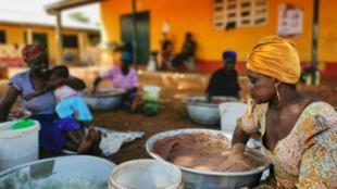 ghana - cooperative - femmes - beurre - karité