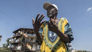 Le travailleur social béninois, Yves Ogou.
