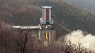 Bắc Triều Tiên : Địa điểm thử tên lửa Sohae, Cholsan, phía bắc Bình Nhưỡng. Ảnh KCNA cung cấp ngày 9/04/ 2016.