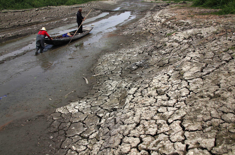 Cảnh khô hạn chưa từng thấy tại vùng Hồ Bắc. Ảnh chụp ngày 29/05/2011.