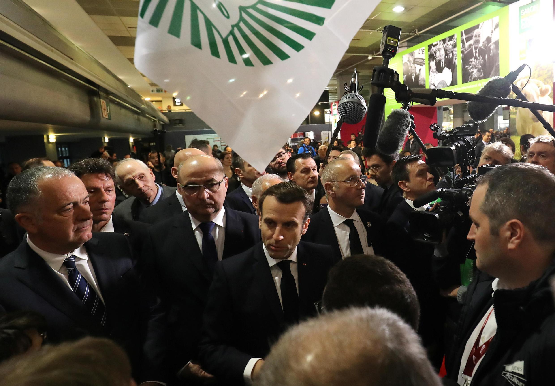 Tổng thống Pháp Emmanuel Macron lưu lại gần 13 tiếng đồng hồ trong ngày khai mạc Hội Chợ Triển Lãm Nông Nghiệp, ngày thứ Bảy 22/02/2020.