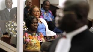 Simone Gbagbo, l'ex-première dame ivoirienne, dans le box des accusés lors de son procès à Abidjan, le 26 décembre 2014.