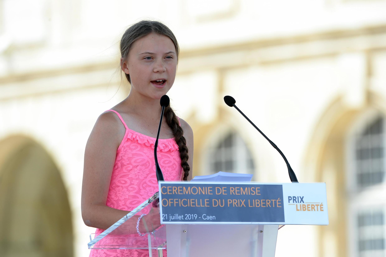 Greta Thunberg está de passagem pela França, onde recebeu um prêmio no fim de semana por seu engajamento contra o aquecimento do planeta.