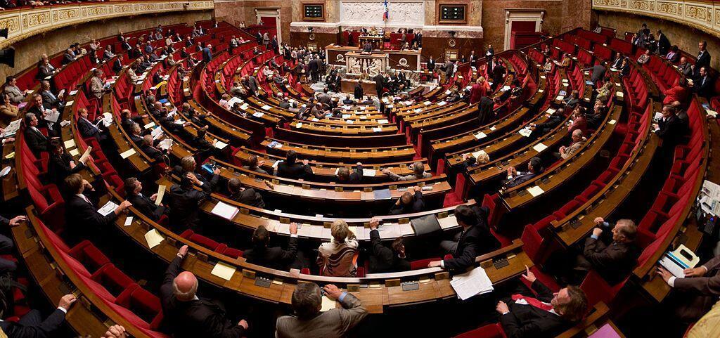 Plenário da Assembleia Nacional francesa.