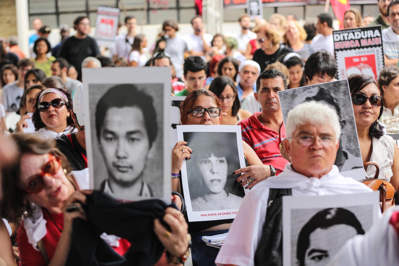 Ảnh tư liệu: Biểu tình tưởng niệm các nạn nhân chế độ độc tài, Sao Paulo, Brazil, ngày 31/03/2014