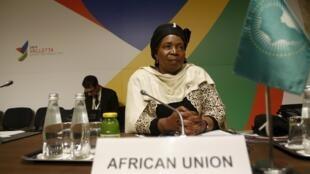 Nkosazana Dlamini-Zuma, présidente de l'Union africaine, présente à La Vallette ce 12 novembre, à la même table que l'Union européenne pour évoquer la gestion de la crise migratoire.