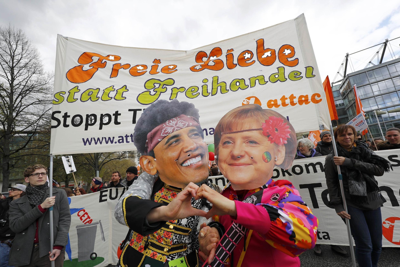Manifestação contra o Tratado transatlantico em Hanôver, 23 de abril de 2016.