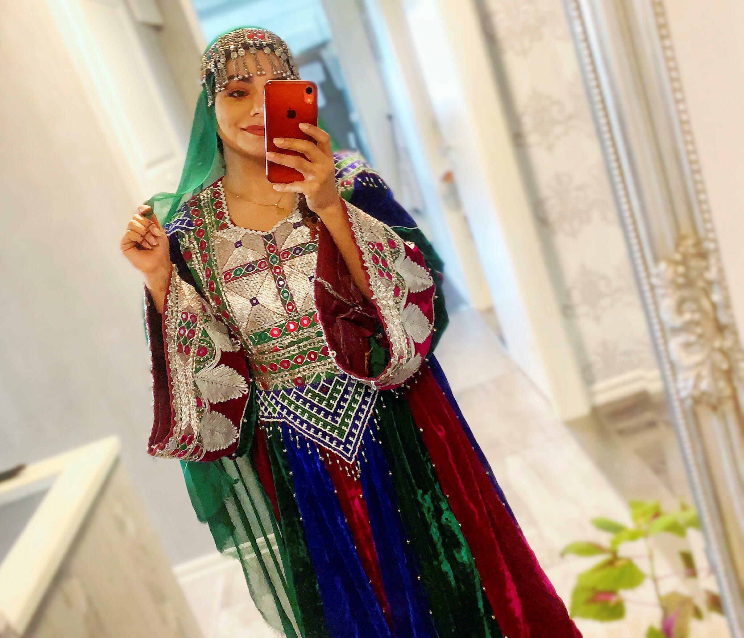Afghanistan femmes tenue traditionnelle