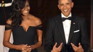 Netflix предложил Бараку и Мишель Обаме снимать шоу