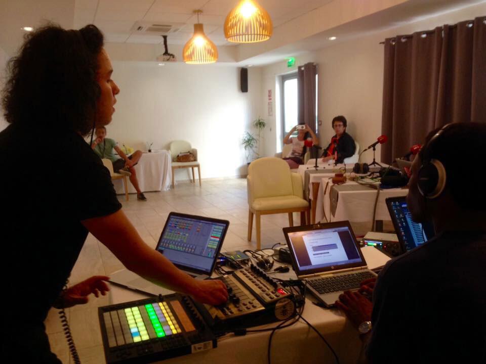 Ambiance studio réunionnais avec Jérémy Labelle.
