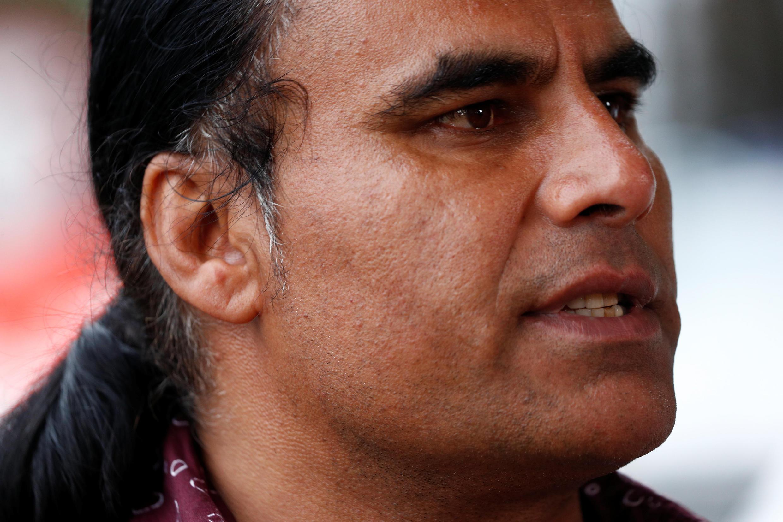 El afgano Abdul Aziz trató de contener al asesino de Christchurch, poniendo en peligro su propia vida.